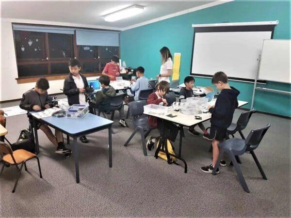 STEMLOOK Robot Engineers Camp